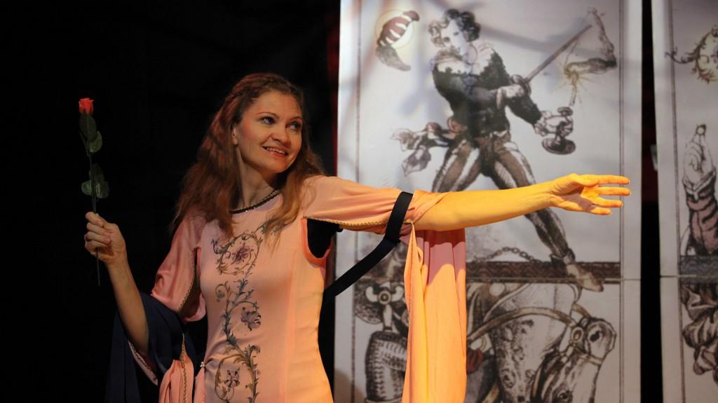 "WORT_ensemble 2009: Dina Kabele in ""Leonce & Lena"""