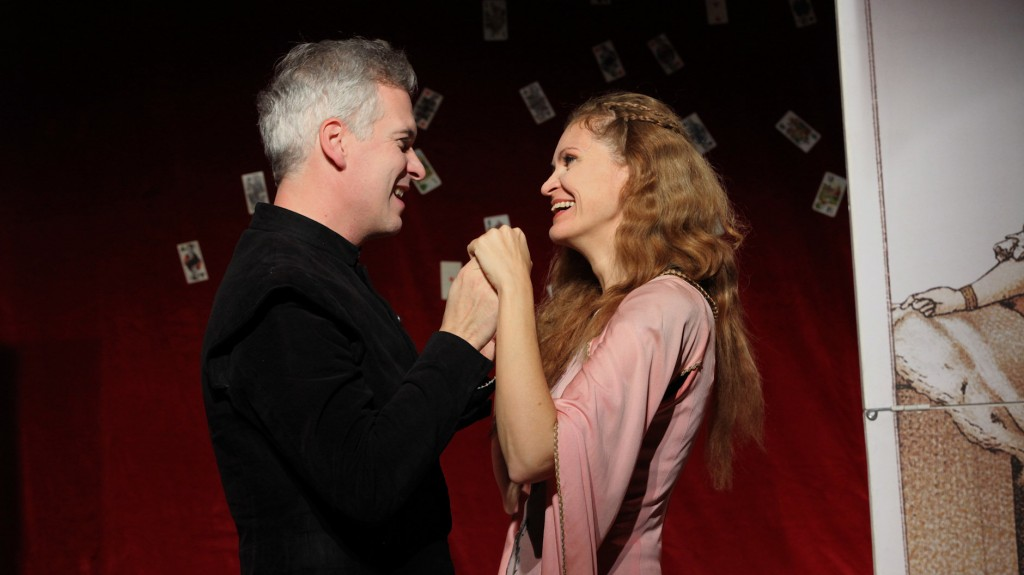 "WORT_ensemble 2009: Michael Schefts & Dina Kabele in ""Leonce & Lena"""