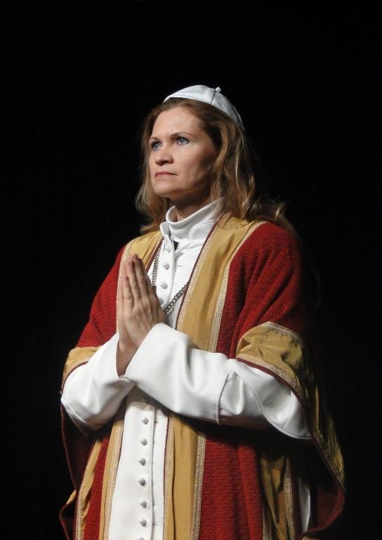 """WORT_ensemble 2011: Dina Kabele in """"Die amerikanische Päpstin"""""""