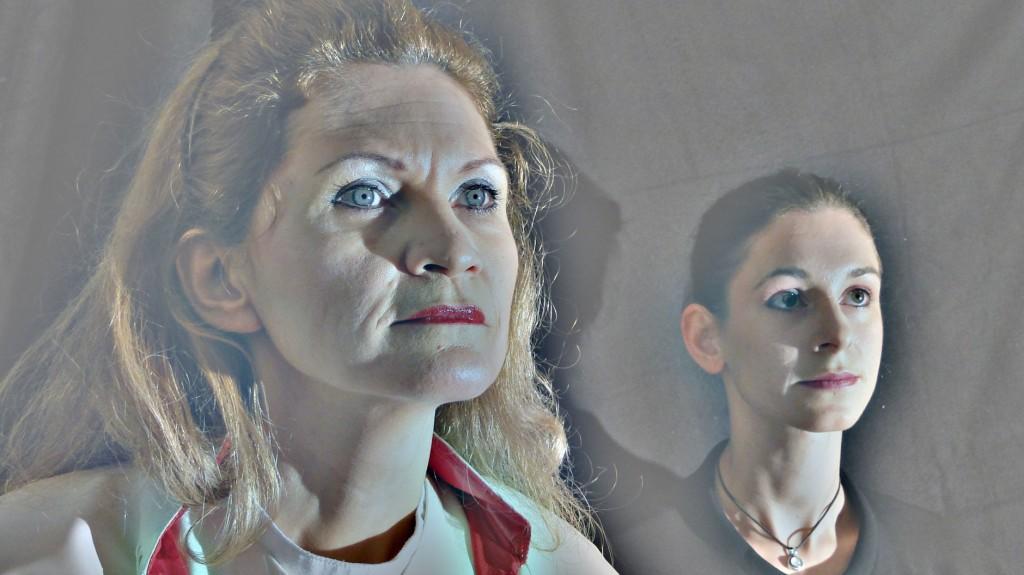 """WORT_ensemble 2011: Dina Kabele & Michaela Studeny in """"Die amerikanische Päpstin"""""""
