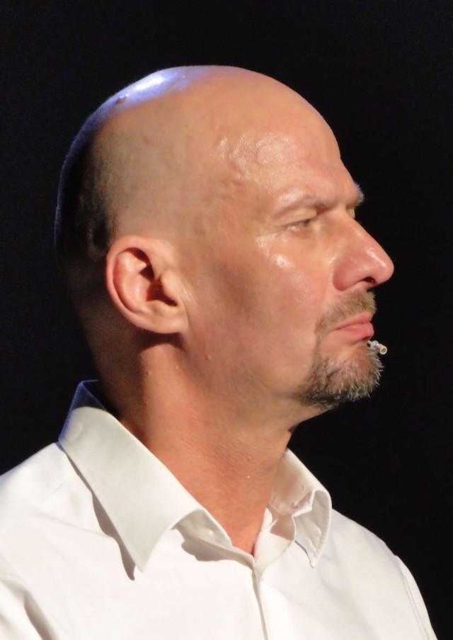 Rainer Stelzig als Mitglieder des Sprechchors